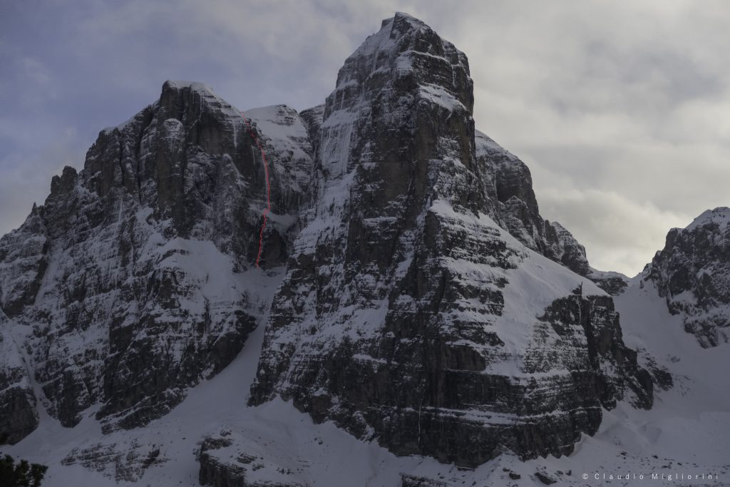 L'anima del lupo, una nuova via alla Cima Tosa nelle Dolomiti di Brenta, aperta da Claudio Migliorini e Roberto Parolari.
